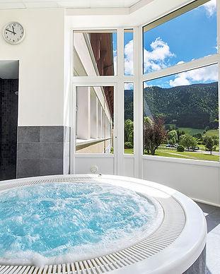 bain-a-remous-lescandille-vacances-verco