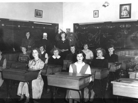 Étudiantes école Saint-Josaphat 1952