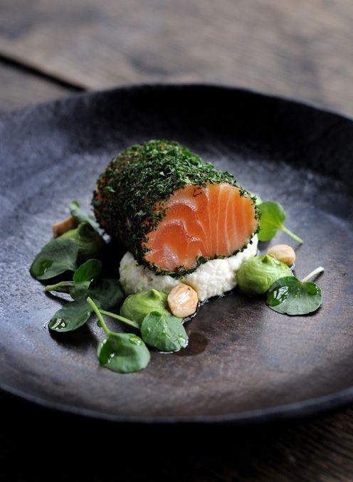 9dc8ec204bbd0fefadefa5dffdf38197--salmon-sashimi-salmon-roll