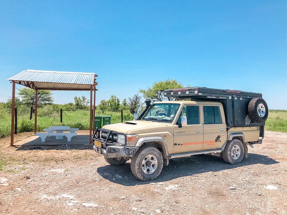 Etosha-Nationalpark-Namibia-Selbstfahrer-Camping-Regenzeit