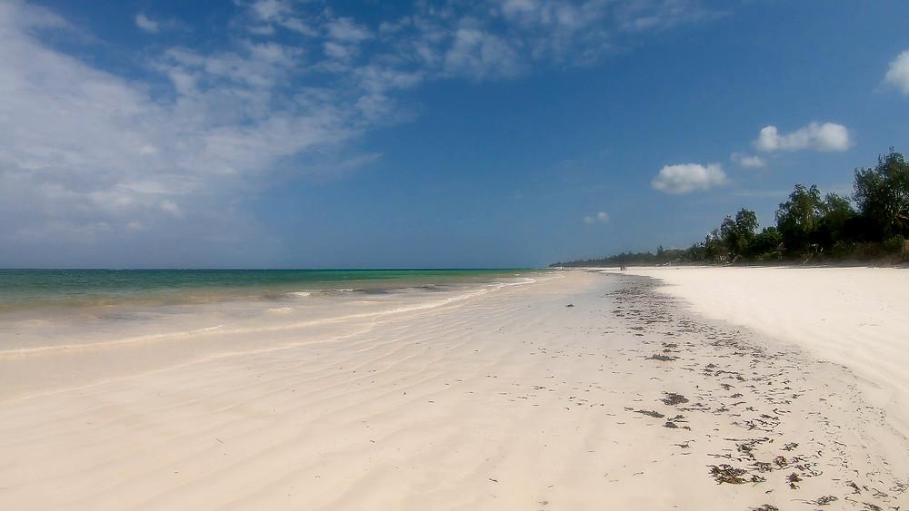 Diani-Beach-Reisebericht-Tipps-Strand-Kenia-Reisezeit
