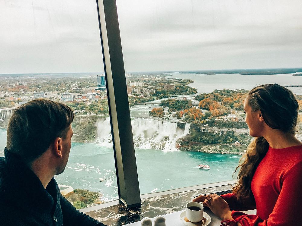 Kanada-Niagarafälle-Urlaub-Reisebericht-Hotel-Unternehmungen-Skylon-Tower