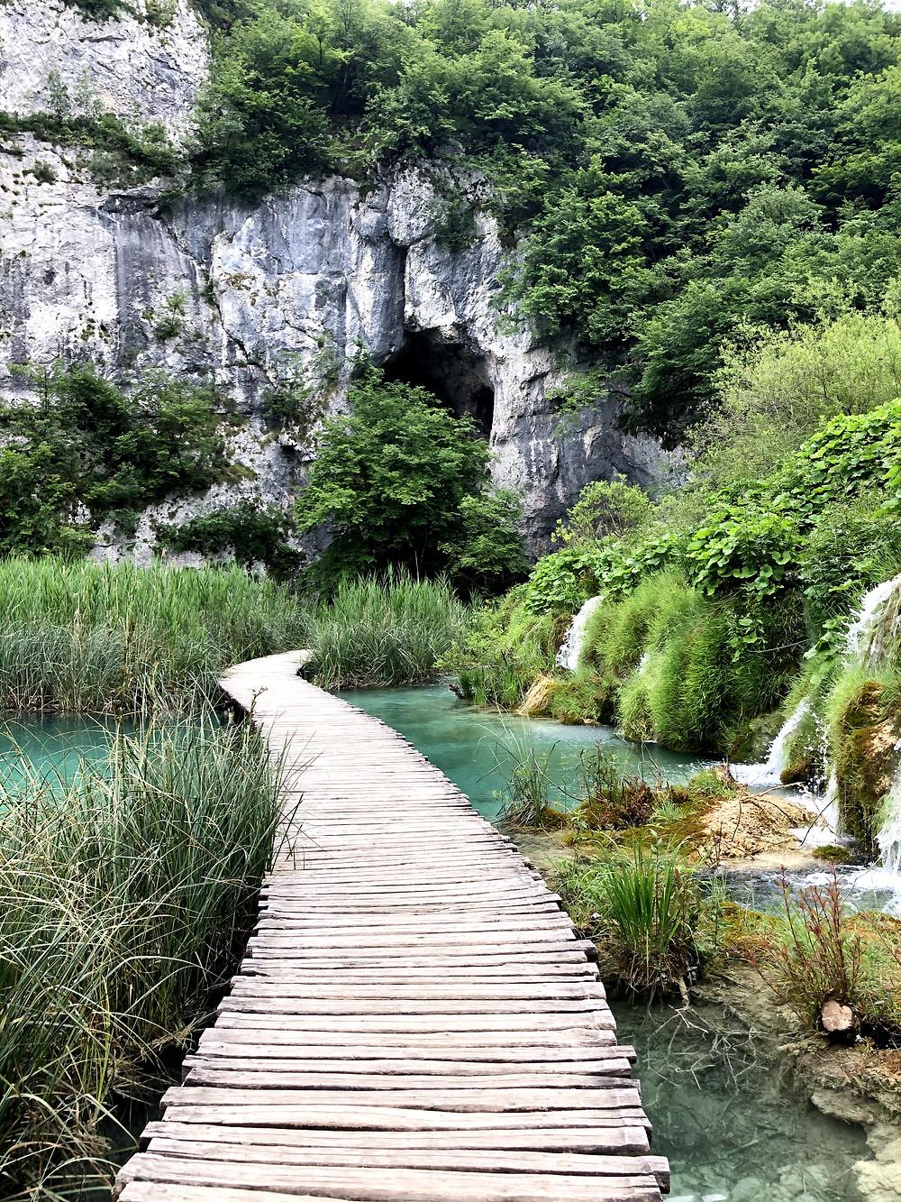 Kroatien-Plitvicer-seen-reisebericht-erfahrungen-wasserfall