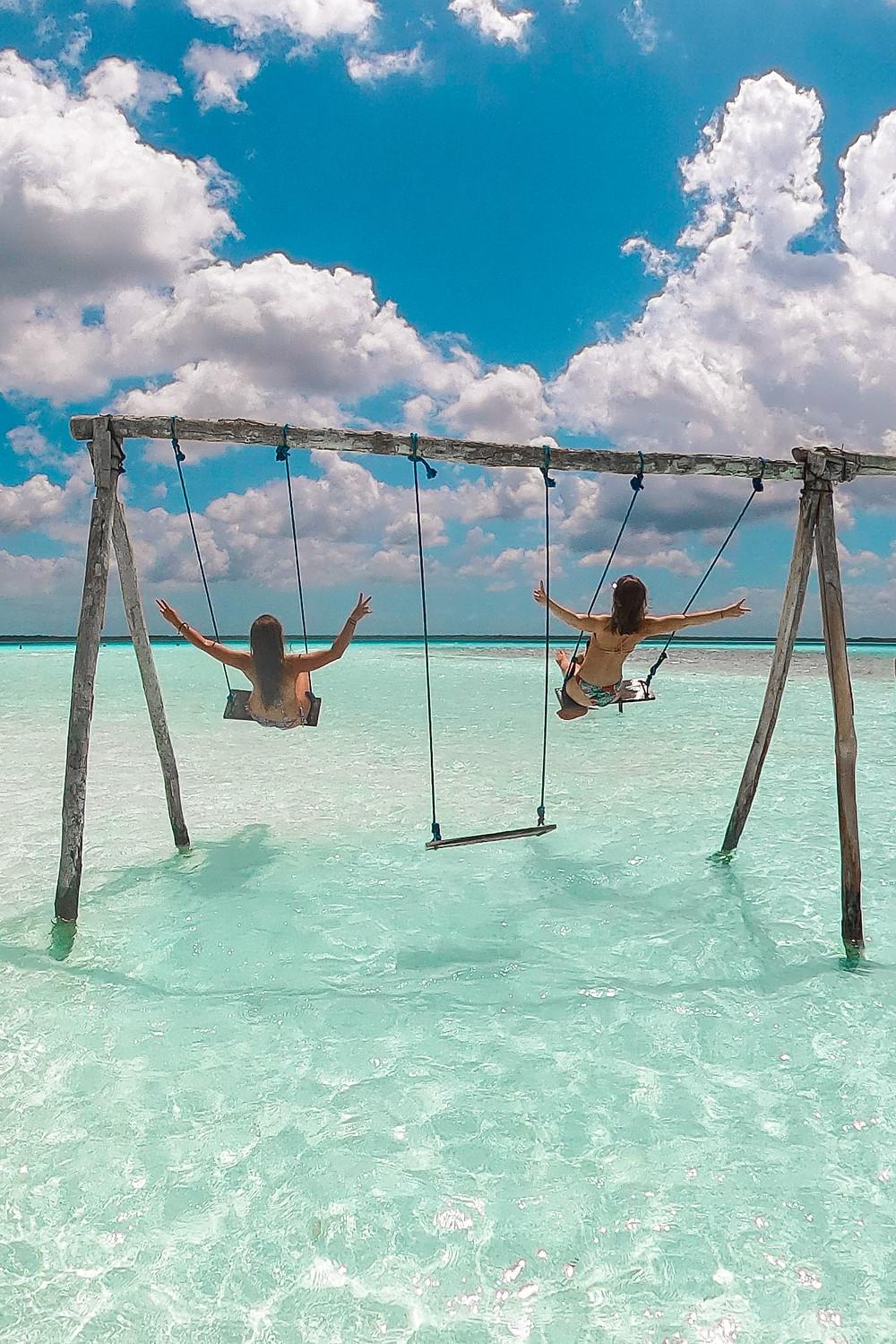 Bacalar-lagune-schwimmen-cocalitos-schaukeln-fotos