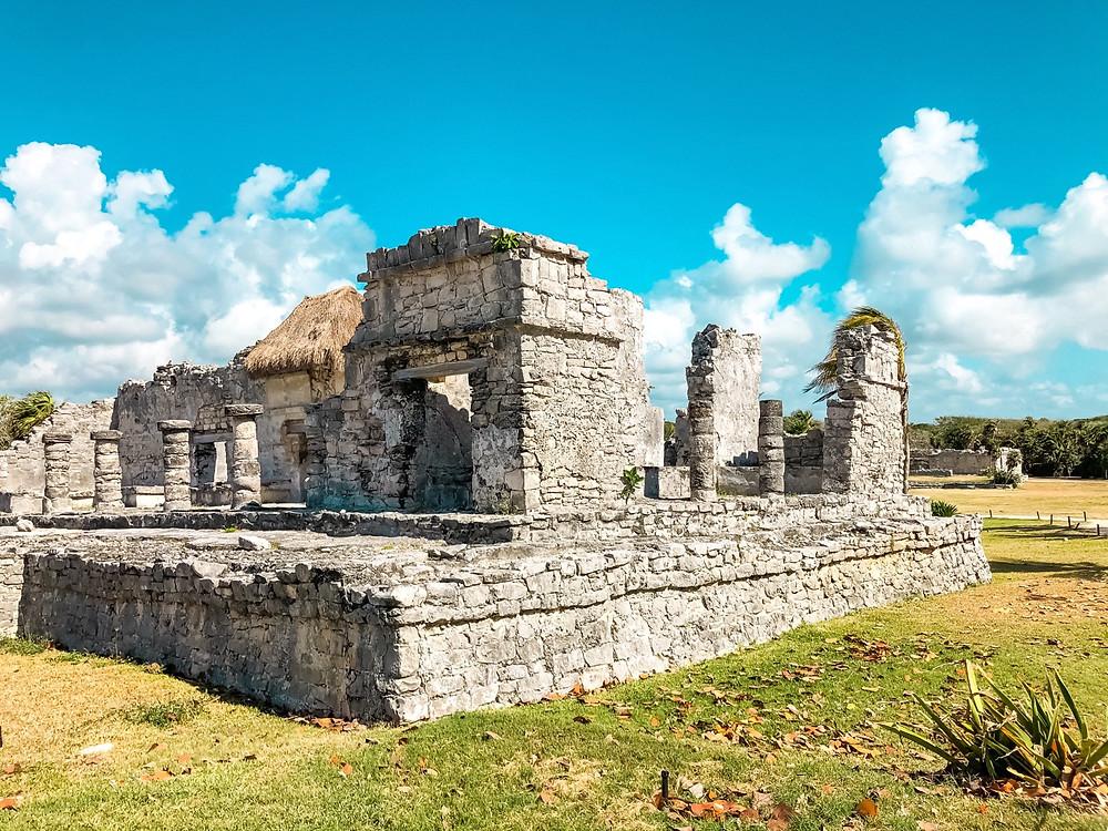 Tulum-Sehenswertes-maya-ruinen-strand