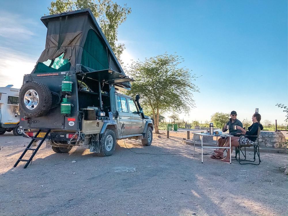 Etosha-Nationalpark-Namibia-Selbstfahrer-Camping-Regenzeit-Halali