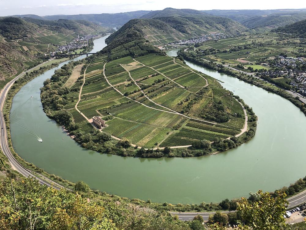 Moselschleife-Calmont-Klettersteig-bremm-Wanderweg-Aussicht