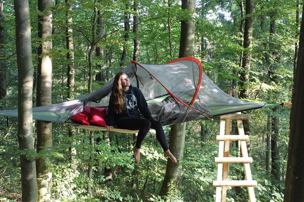 Baumzelt-EifelAdventures-schwebezelt-Übernachtung-Erfahrungen-Zipline