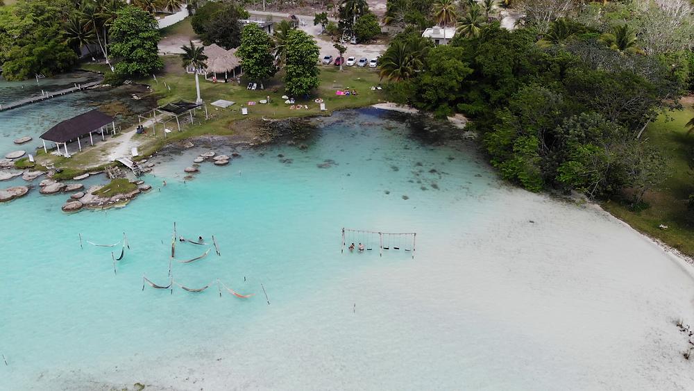 Mexiko-Bacalar-lagune-schwimmen-Cocalitos