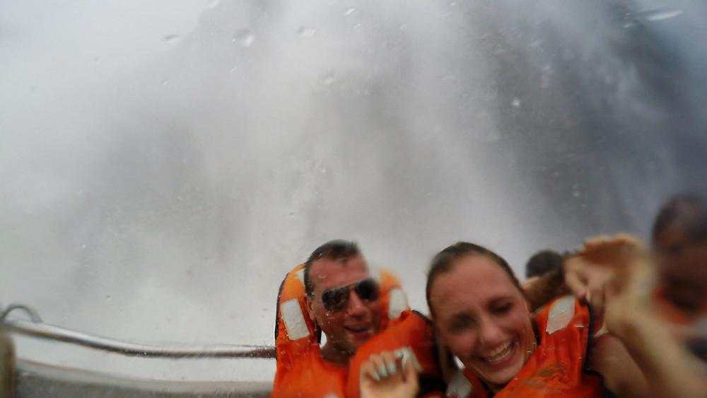 Iguazu-Wasserfälle-Bootsfahrt-Reisebericht-Erfahrungen