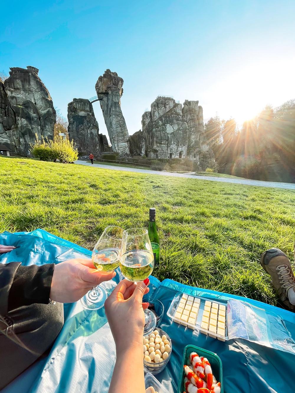 Externsteine-Picknick-Alleine-Besuchen-Romantisch