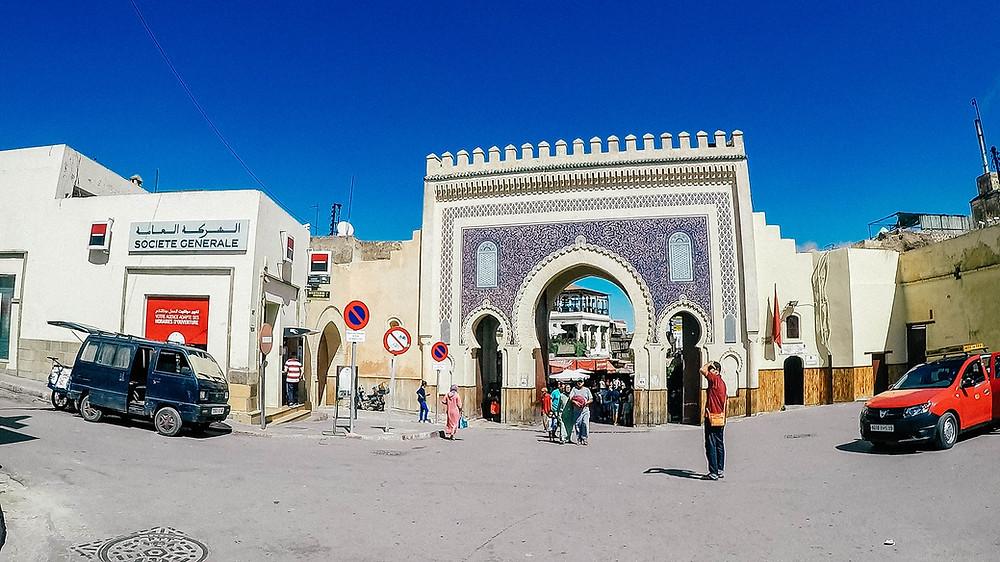 Fés-sehenswertes-Bab-Boujeloud-blaue-Tor-Medina