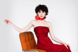 Alice à l'oeillet rouge, City Models.
