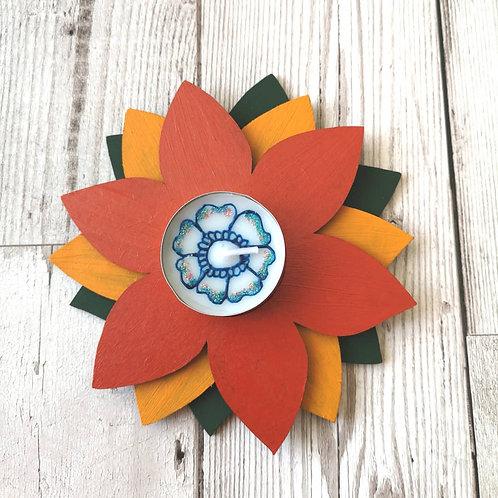 Wooden flower tealight holder