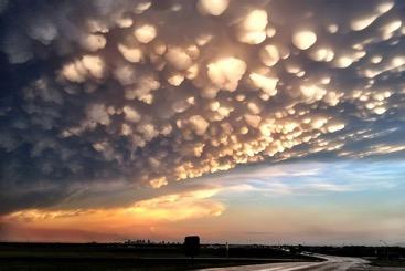 Nubes Mammatus. 1