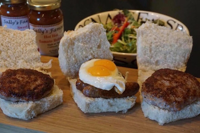 Crossrig Farm Beef Burgers with Onion