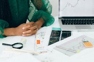 Taxa do CDI em contratos de empréstimos