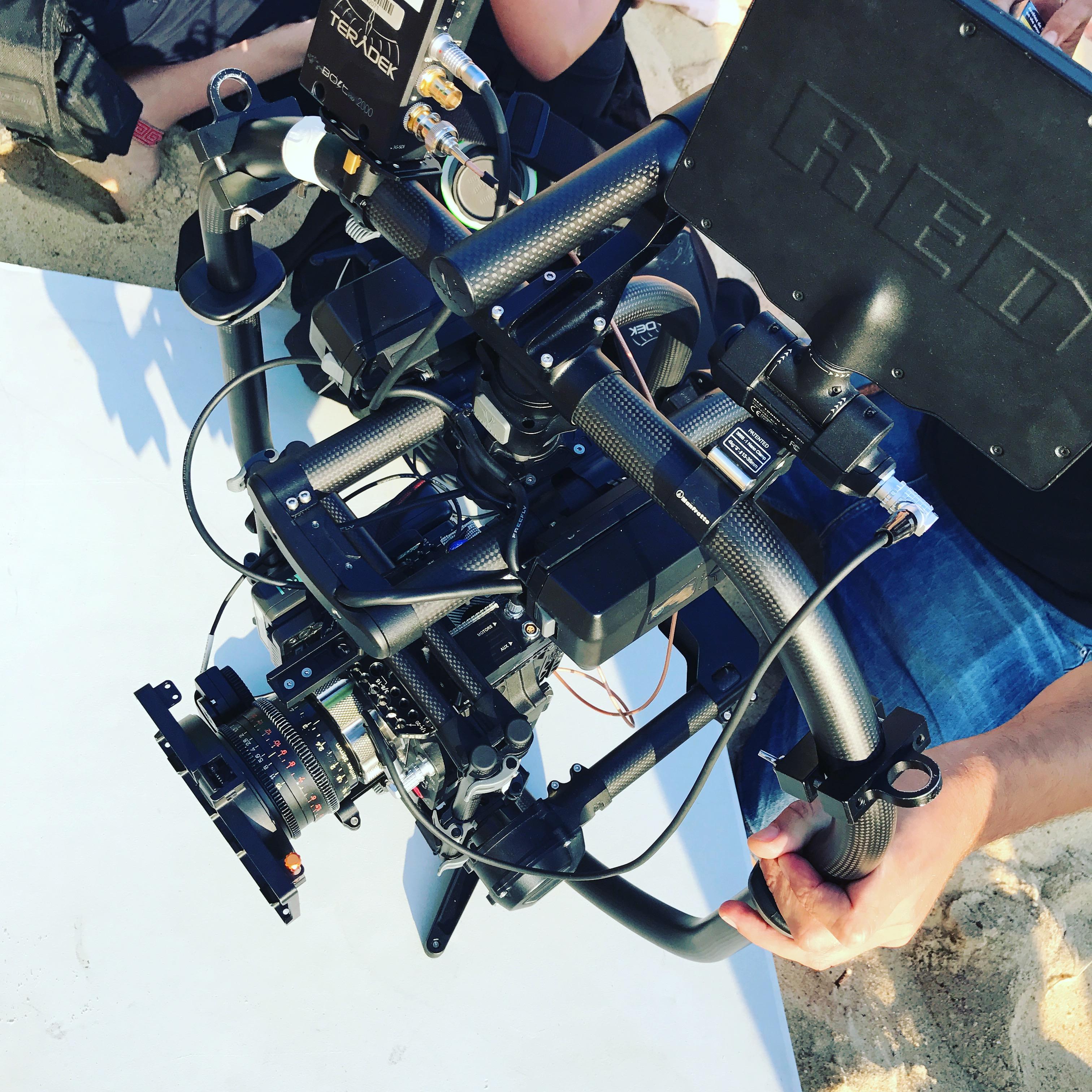 Cameraman pays basquean