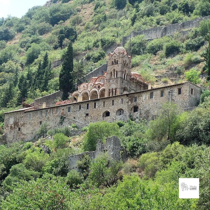 Le monastère du Pantanassa est encore habité par quelques nonnes, cité byzantine de Mystra, peloponnese