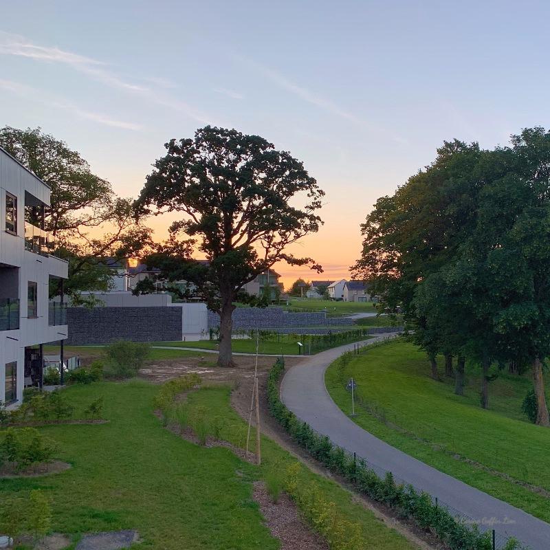 Le Golden Lakes Hotel & Village, au lever du soleil, Lacs de l'Eau d'Heure