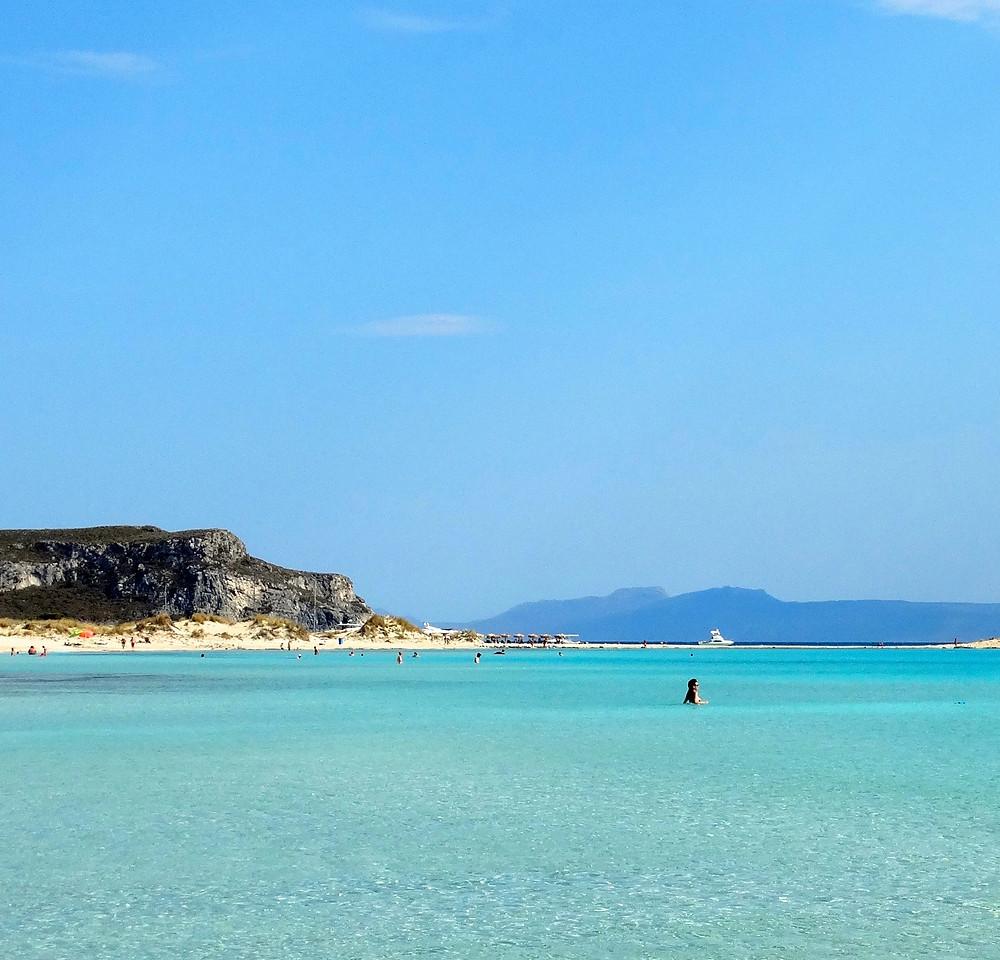 Sur l'ile d'Elafonisos, à ne pas confondre avec Elafonissi en Crète, Simos est une plage paradisiaque , une des plus belles d'Europe.