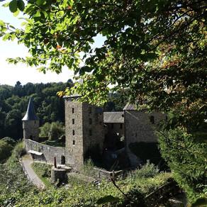 Reinhardstein, l'histoire d'un château au bois dormant