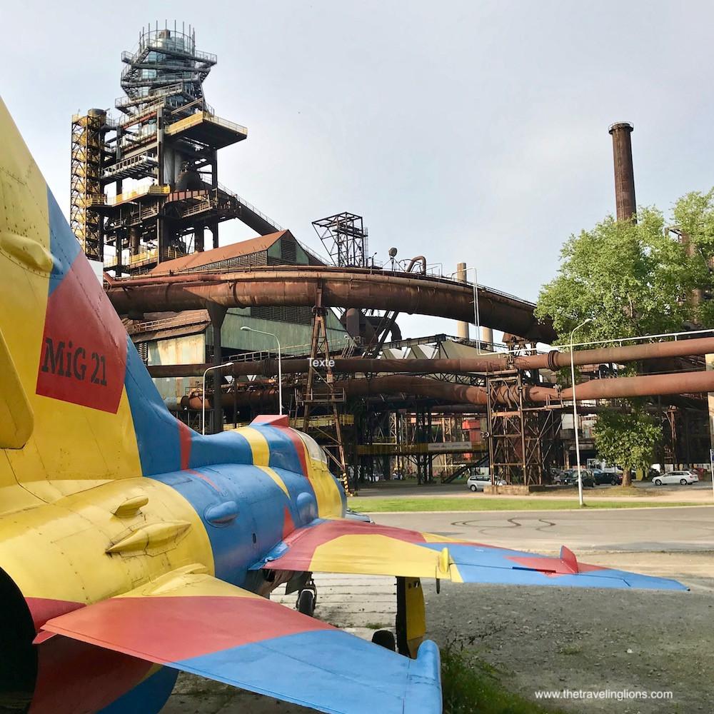 Le site industriel de Dolni Vitkovice, un exemple de régénération  urbaine de lieux abandonnés est le lieu où se déroule colours of Ostrava, le plus grand festival de musique en république tcheque. Idée de voyage insolite au départ de Prague ou de Cracovie.