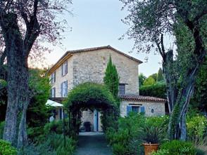 L'Hôtel du Clos, au Rouret (Grasse) : un hôtel boutique au charme fou, en plein coeur de village
