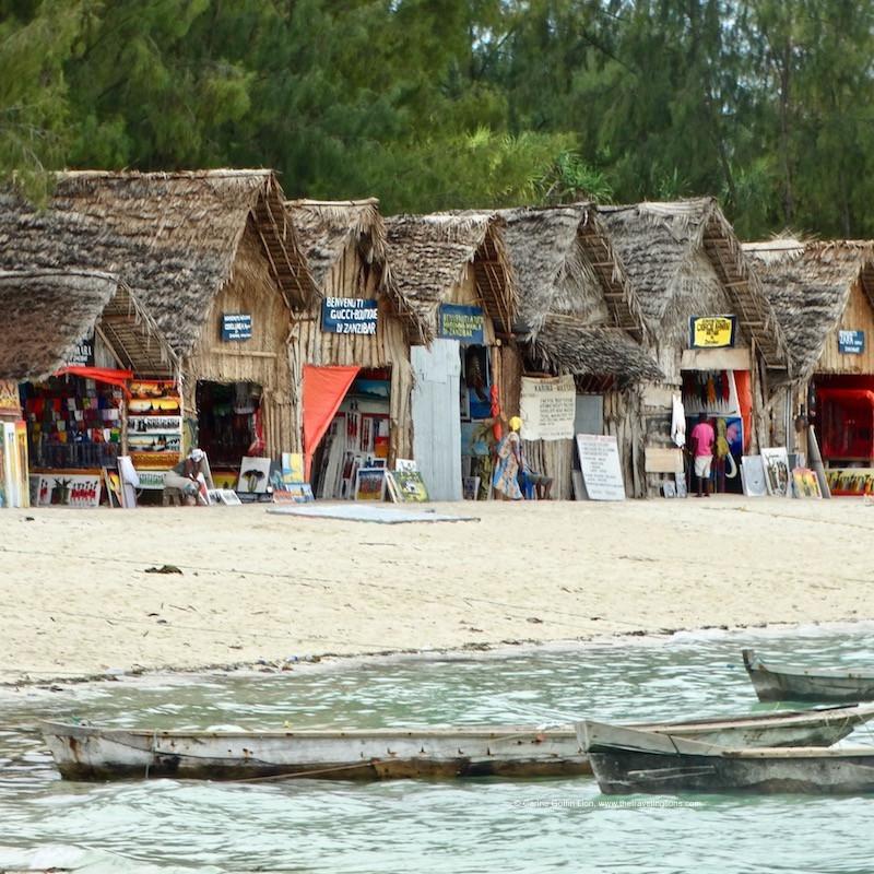 Shopping sur la plage de Kendwa