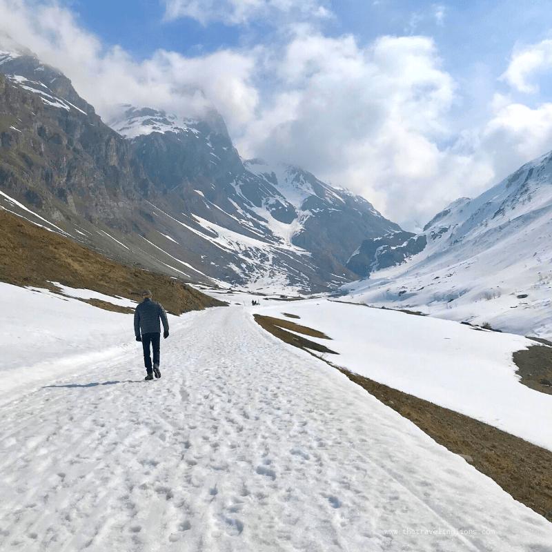 La promenade du col de l'iseran permet de profiter de paysages grandioses entre Val d'Isère et Bonneval-sur-arc