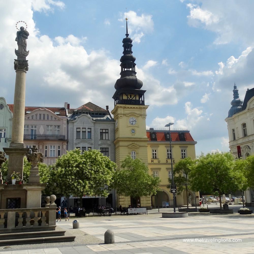 Place Mazaryk, devant l'ancien hôtel de ville, Ostrava, République tchèque