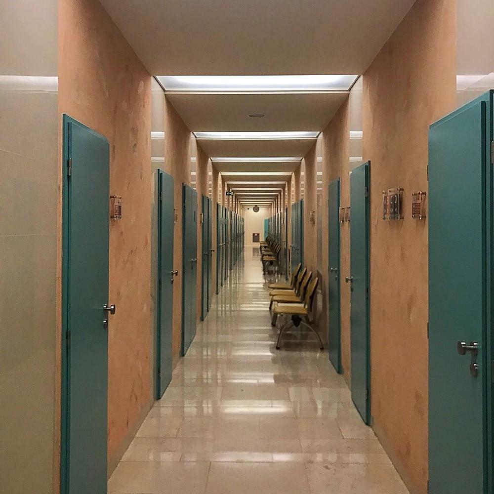 couloir d'attente du spa de l'hôtel Imperial