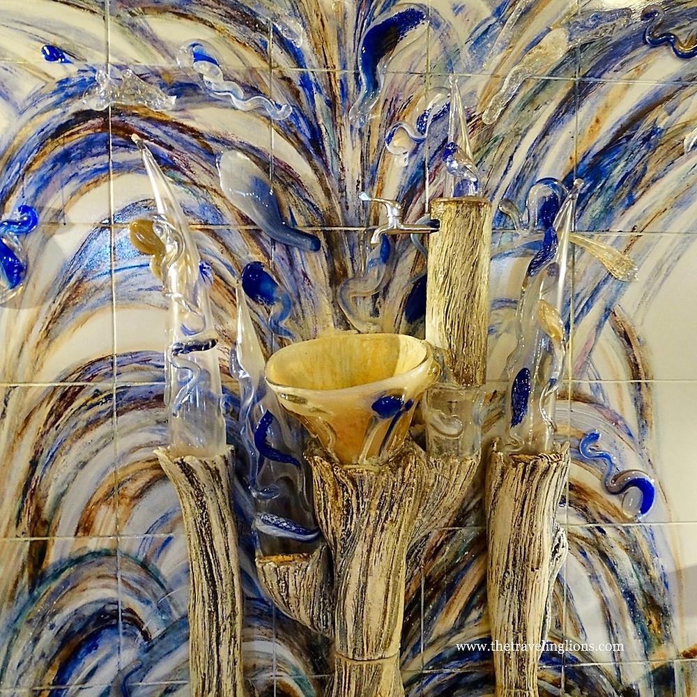 oeuvre d'art représentant un évier en forme de corolle, pour recevoir l'eau thermale, hotel impérial, Karlovy var