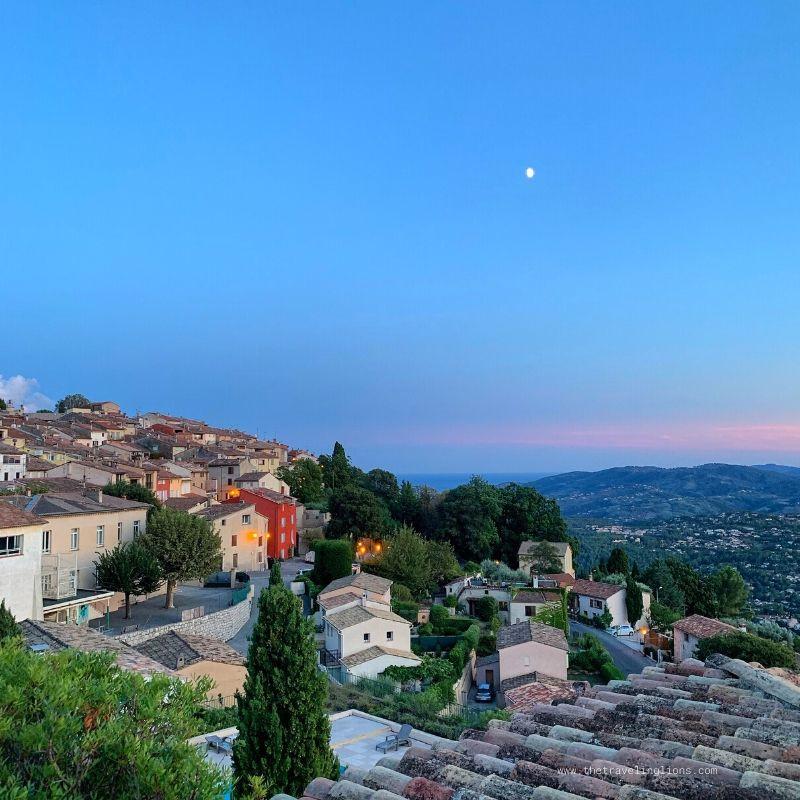 Cabris, au coucher de soleil, Pays de Grasse
