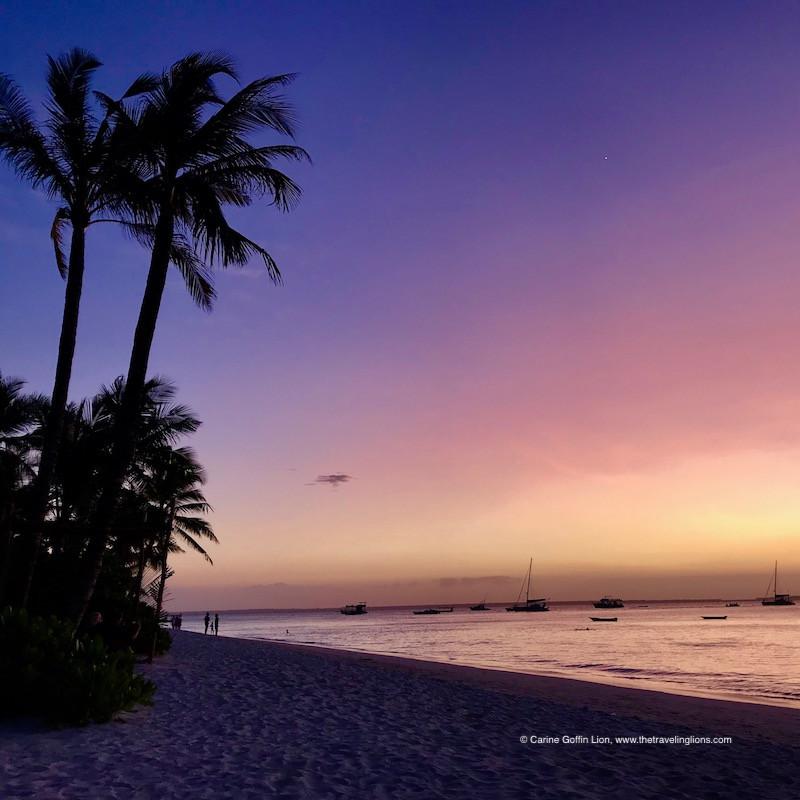 Coucher de soleil orange et mauve à Zanzibar