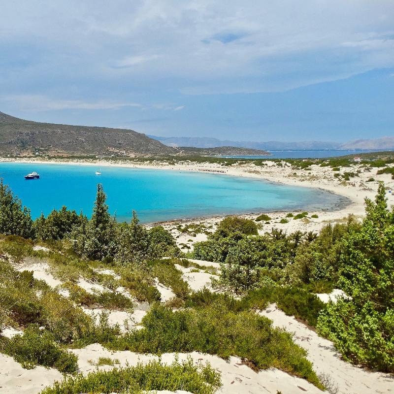 La plage pittoresque de Simos est sans doute une des plus belles plages d'Europe et du monde