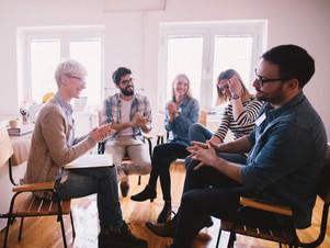 Créer et animer un groupe de parole. Créer et animer un groupe de parents.