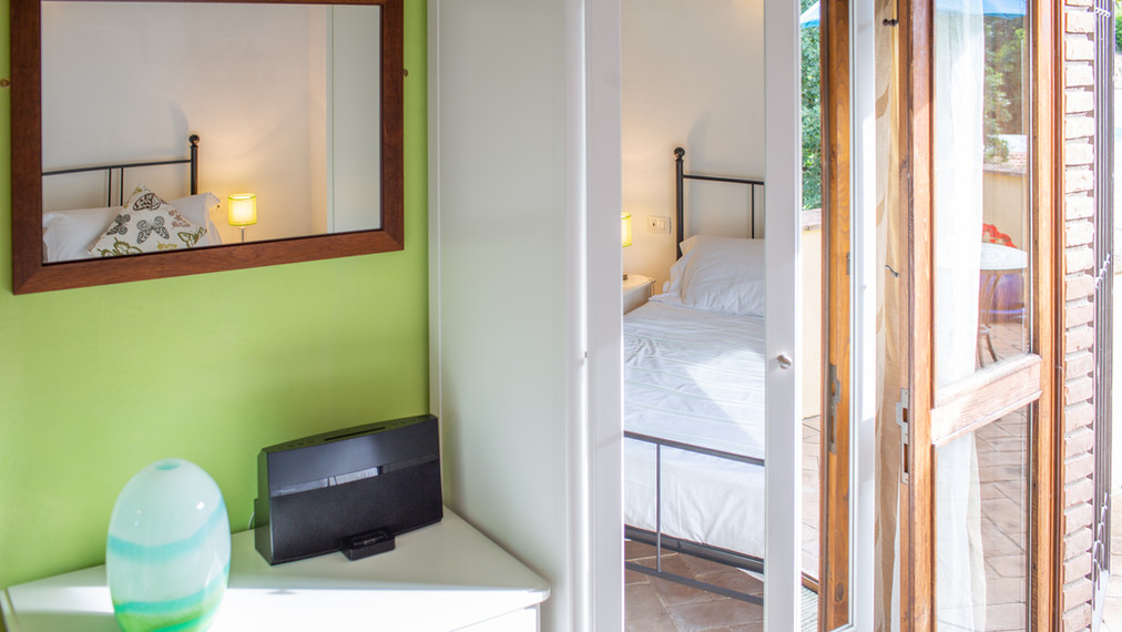 Oliva double bedroom