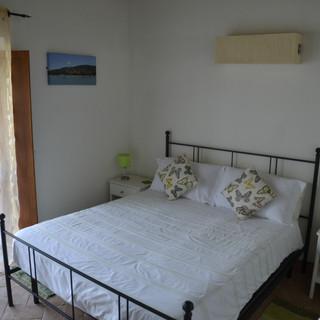 Olivia Apartment Bed