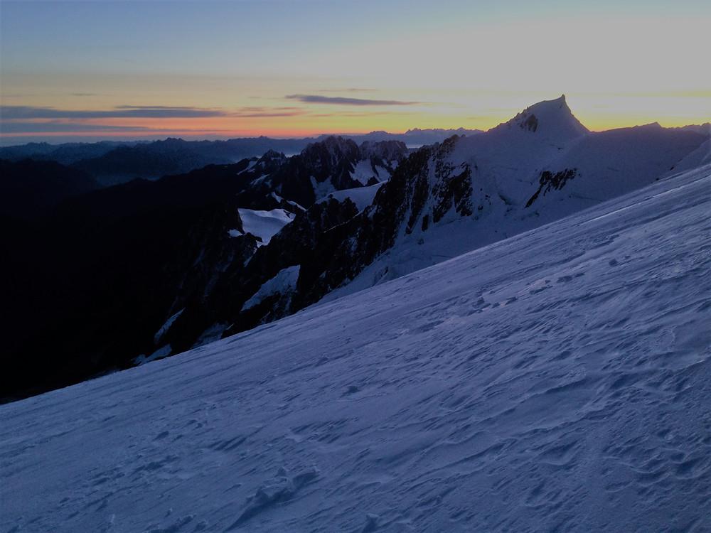 Рассвет над Альпами | skitour.club | Блог Сергея Чеботова