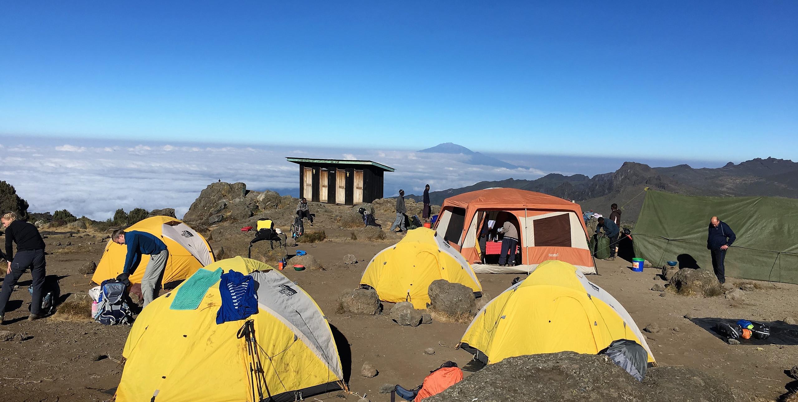 Восхождение на Килиманджаро по маршруту Лемошо | Блог о путешествиях и треккинге 60+| Сергей Чеботов