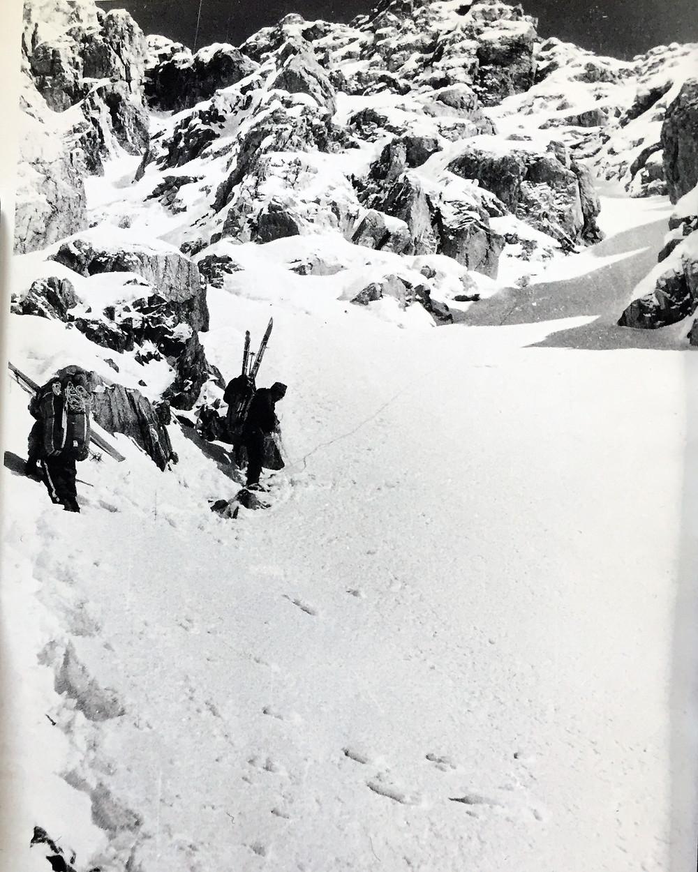 Спуск с перевала Хабаровский| skitour.club| Блог Сергея Чеботова