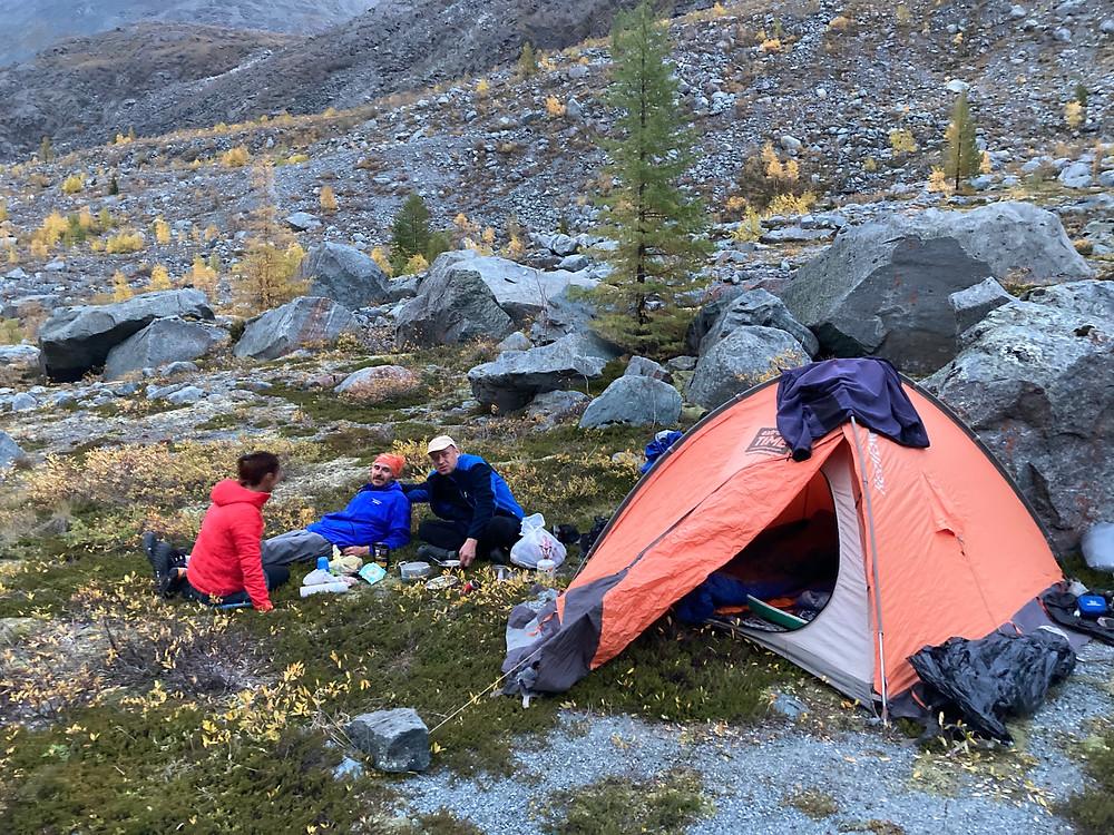 Ночлег в горах| skitour.club| Блог Сергея Чеботова