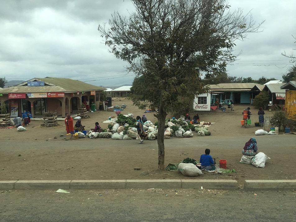 Уличные рынки Танзании.