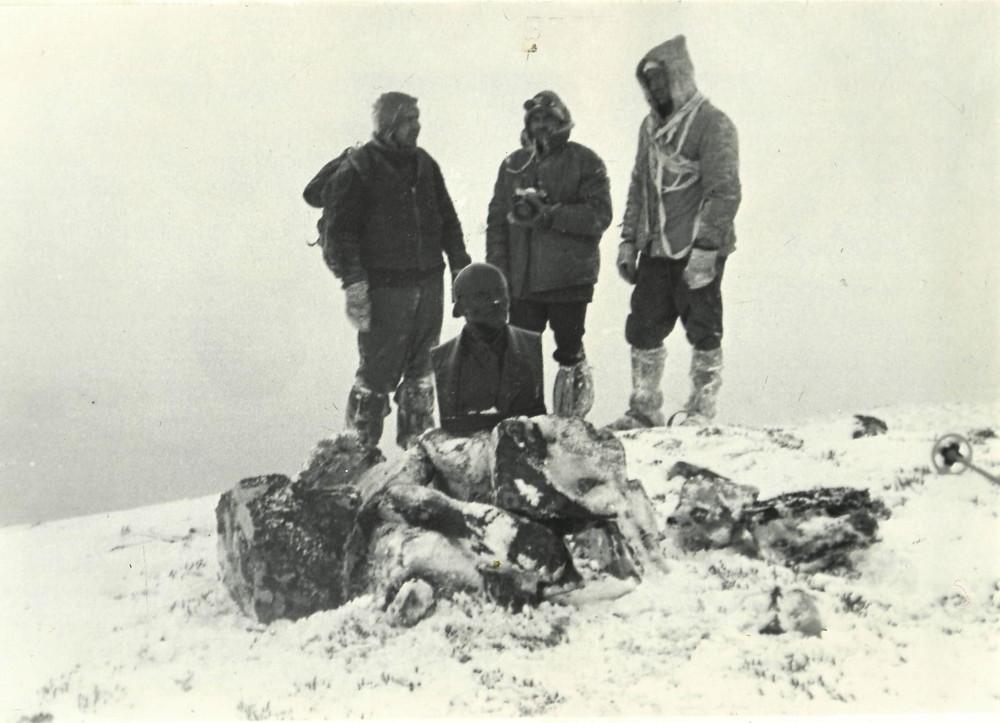 Бюст В.И. Ленина на вершине Тордоки-Яни| skitour.club| Блог Сергея Чеботова