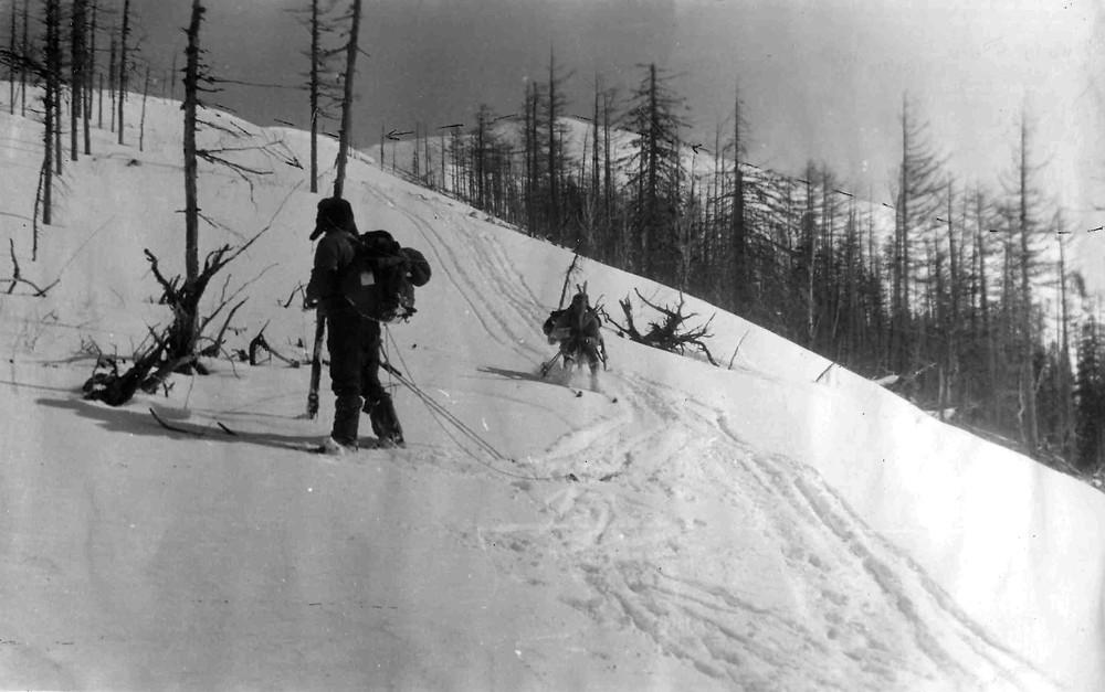Спуск с горы на лыжах| skitour.club| Блог Сергея Чеботова