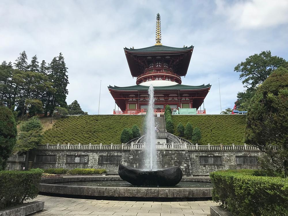 Великая пагода мира.