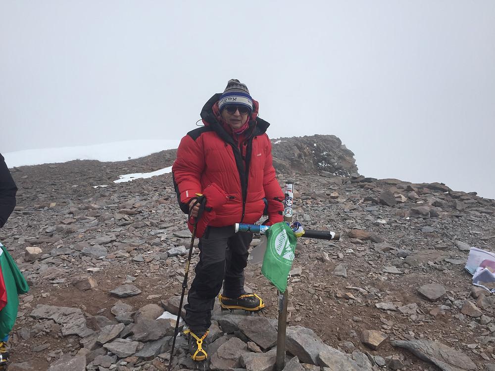На вершине Аконкагуа 6968 м. — Восхождение на Аконкагуа — Блог Сергея Чеботова — 2017