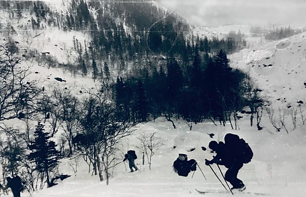 Подъем по ручью Гремячий лог — Туристический поход в район хребта Дуссе-Алинь 1986 год — Блог Сергея Чеботова