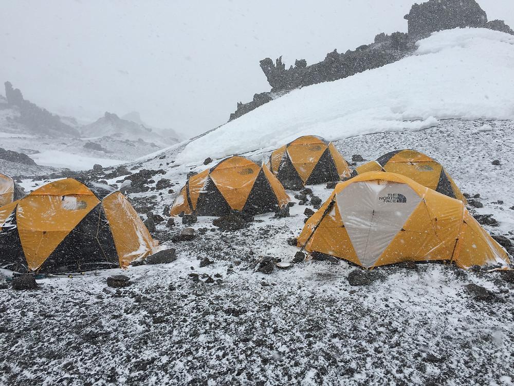 Лагерь Нидо де Кóндорес в Парк Аконкагуа | skitour.club | Блог Сергея Чеботова